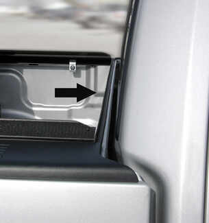 Element seal behind cab for Access Original tonneau