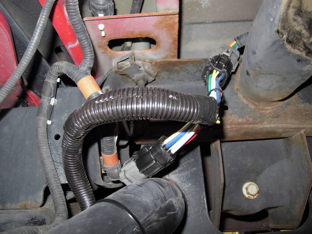 Disposal Dishwasher Wiring Diagram in addition Chrysler Pacifica Wagon 2004 Fuse Boxblock Circuit Breaker Diagram likewise Hummer H2 08 09 Floor Console Wiring Harness 25828438 as well Buick Enclave Fuse Box Location For 2012 besides Wiring Diagram For 1999 Chrysler Sebring. on 2004 cadillac wiring diagram