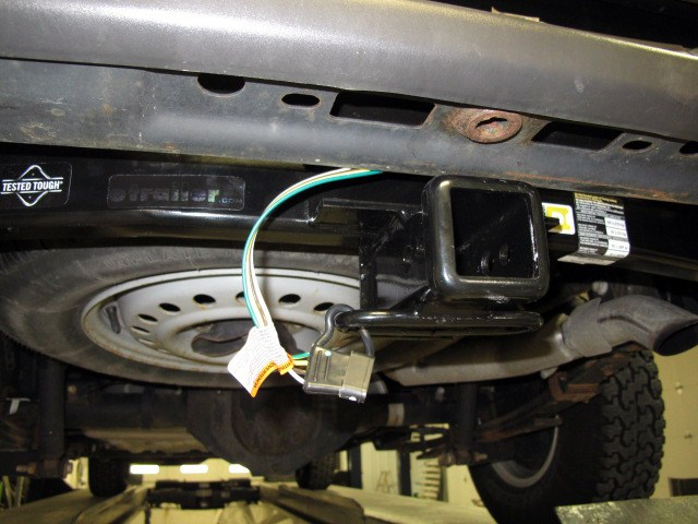 Trailer Wiring Harness Gmc Canyon : Custom fit vehicle wiring for gmc canyon tow ready