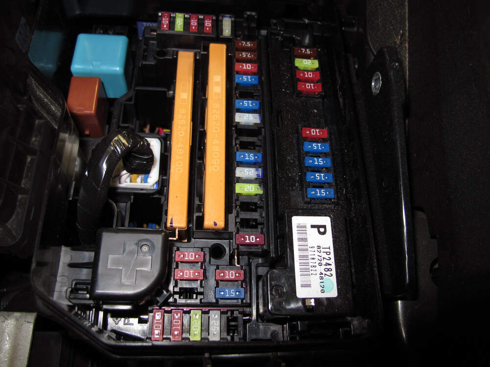 118449_2013~Toyota~Highlander_5_1000 2002 toyota camry fuse box diagram 2000 toyota land cruiser fuse 2002 Jaguar Fuse Box Location at reclaimingppi.co