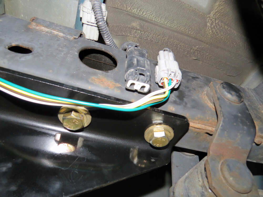 custom fit vehicle wiring by tow ready for 2006 frontier 118525
