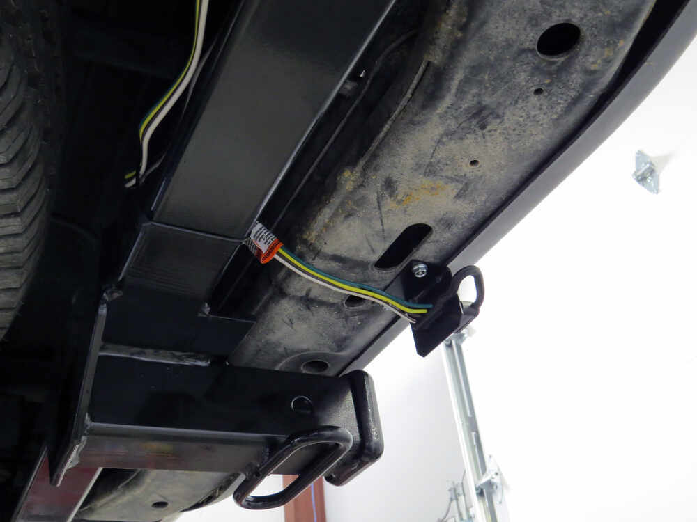 t one vehicle wiring harness with 4 pole flat trailer connector tow ready custom fit vehicle