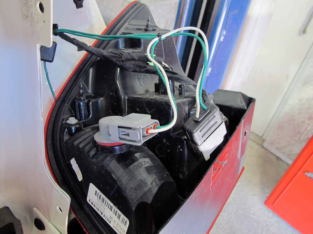 Tow ready custom fit vehicle wiring for dodge journey