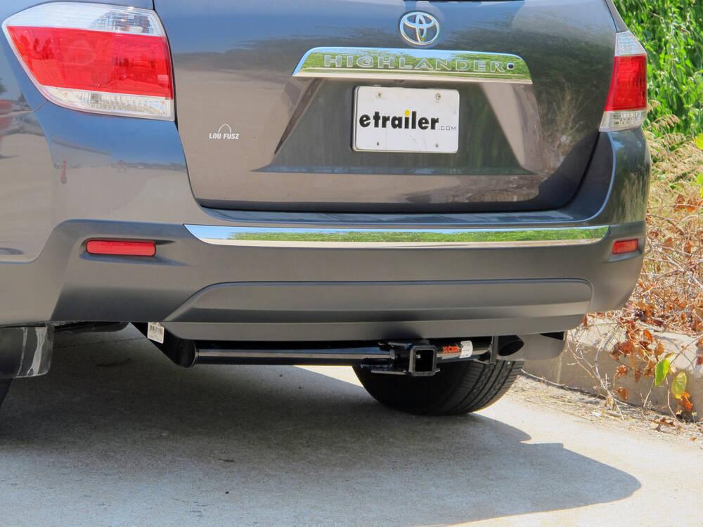 Curt trailer hitch receiver custom fit class iii 2 quot curt trailer hitch 13534