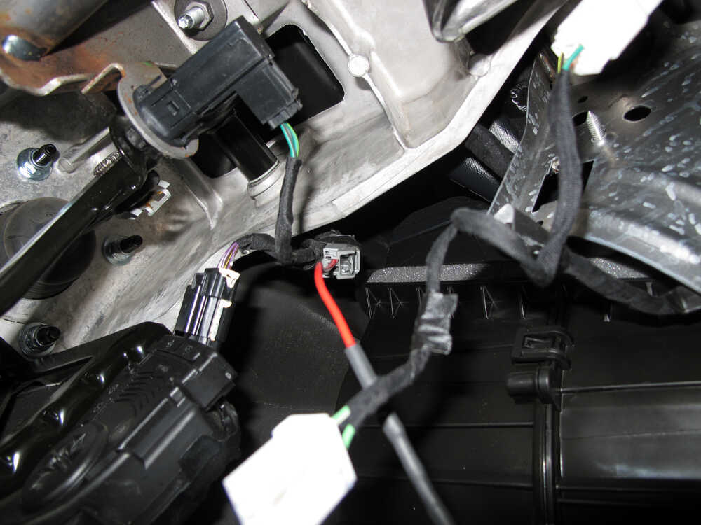 2005 Chevrolet Silverado 1500 Overview C783 additionally Oes 27054 furthermore Showthread in addition 7ebx1 Sprinter 3500 Ecu Ecm Located Dodge Sprinter furthermore Watch. on 2004 dodge ram wiring