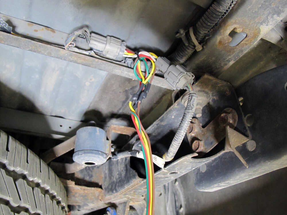 2013 Nissan Frontier Trailer Wiring Harness : Curt t connector vehicle wiring harness with pole flat