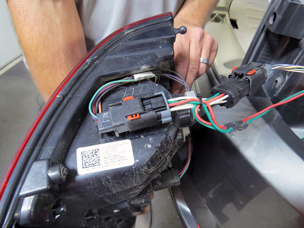 Wiring Harness For Jeep Compass : Curt custom fit vehicle wiring for jeep compass c