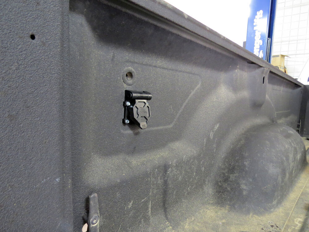 trailer hitch lights wiring besides electrical diagram