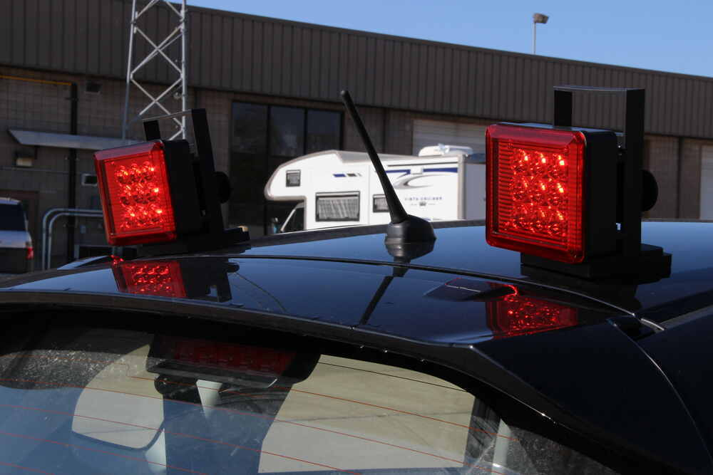 pilot magnetic tow lights red leds 4 way flat and 7 way rv connector wireless pilot