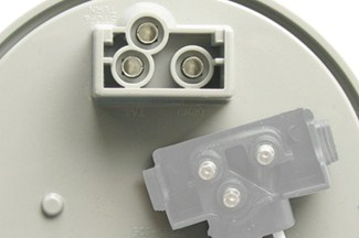 Back of Optronics Glow light showing standard 3-prong plug mount
