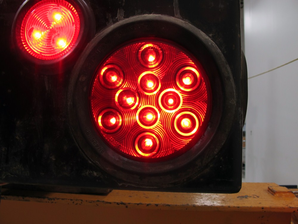 Sealed  4 U0026quot  Round Led Trailer Stop  Turn And Tail Light  Flush Mount  3