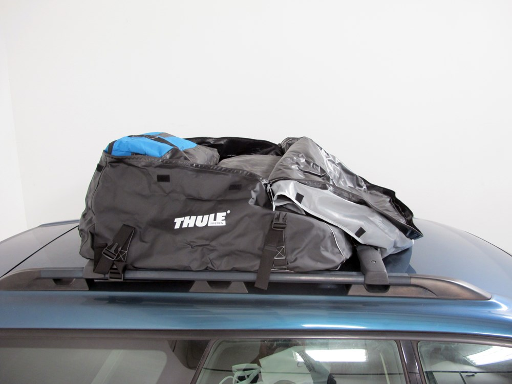 thule interstate rooftop cargo bag 16 cu ft thule roof