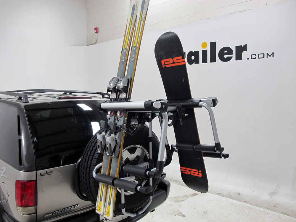 Tow Hitch Bike Rack >> Compare Yakima HitchSki vs Thule Tram Ski | etrailer.com