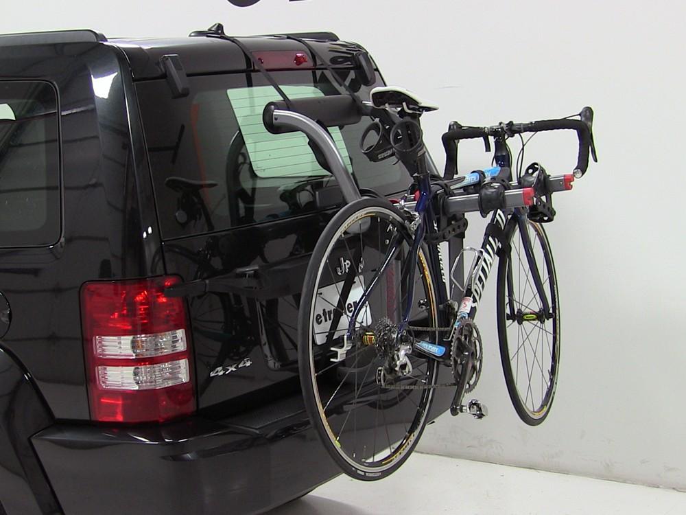 trunk bike racks for 2012 jeep liberty yakima y02624. Black Bedroom Furniture Sets. Home Design Ideas