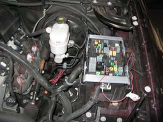 brake controller installation for 2007 new body style 2013 gmc the brake controller power wire has been run to the front of the power distribution box