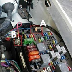 how to install a brake controller on chevrolet gmc 1999 2006 a green 30 amp fuse is needed in the location nearest the positive post to power the brake controller