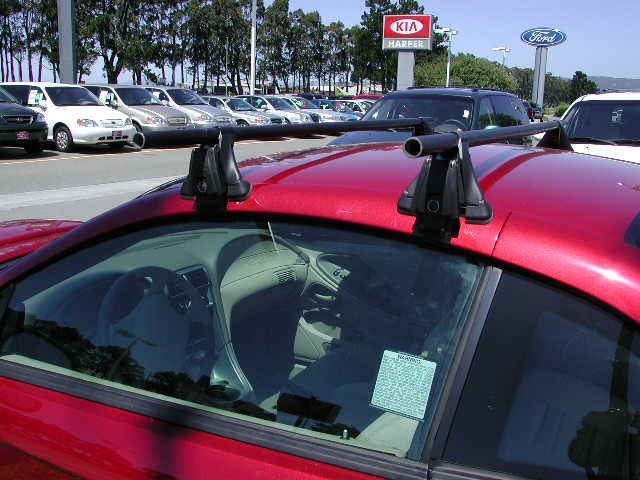 Yakima Roof Rack For A 2004 Ford Mustang Gt Etrailer Com