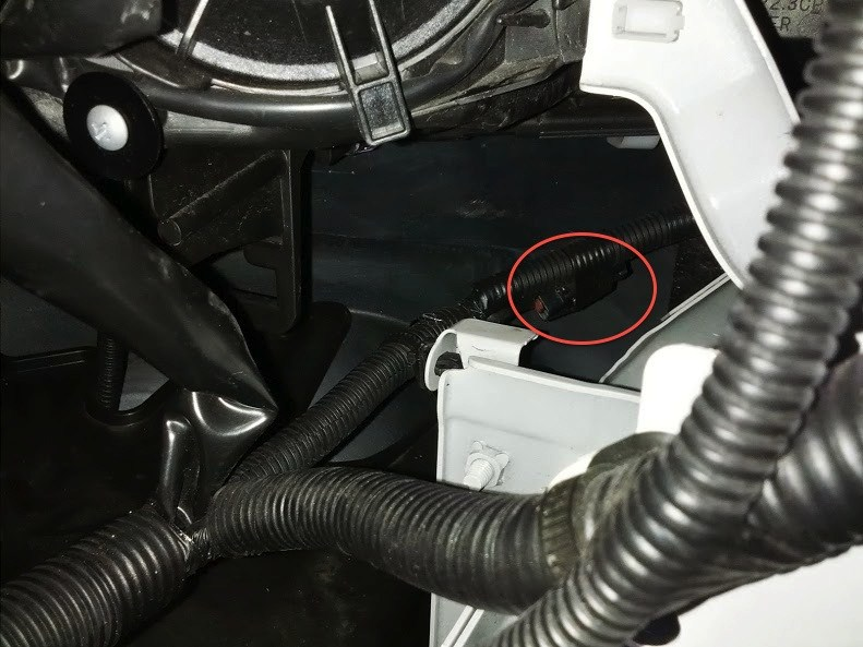 location of the grey connector for a 2012 mitsubishi. Black Bedroom Furniture Sets. Home Design Ideas
