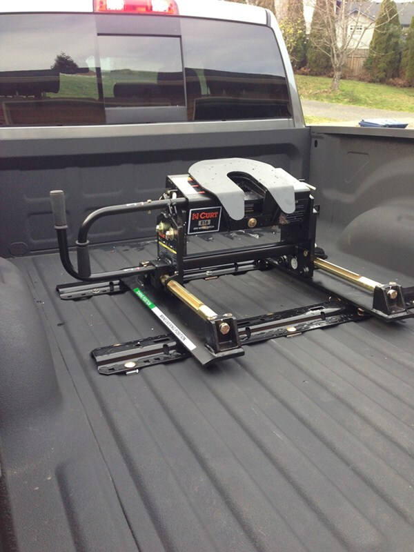 Curt Fifth Wheel Hitch >> Curt E16 5th Wheel Trailer Hitch w/ R16 Roller, Rails and Universal Installation Kit - 16,000 ...