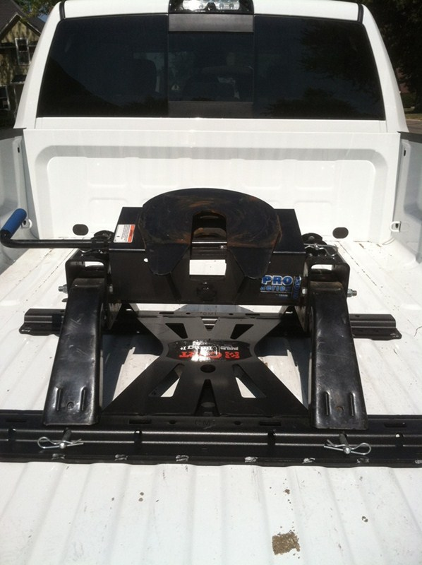 Curt Fifth Wheel Hitch >> Curt X-5 Gooseneck-to-5th-Wheel Rails Adapter Plate with ...