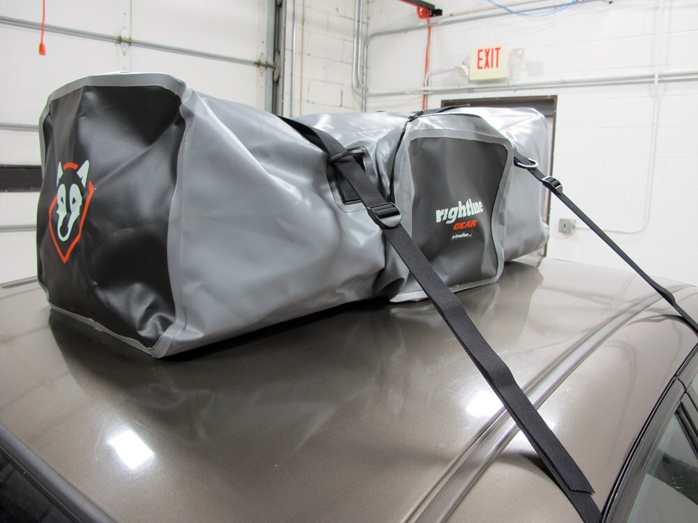 Rightline Car Top Duffel Bag With Mounting Straps 4 3 Cu