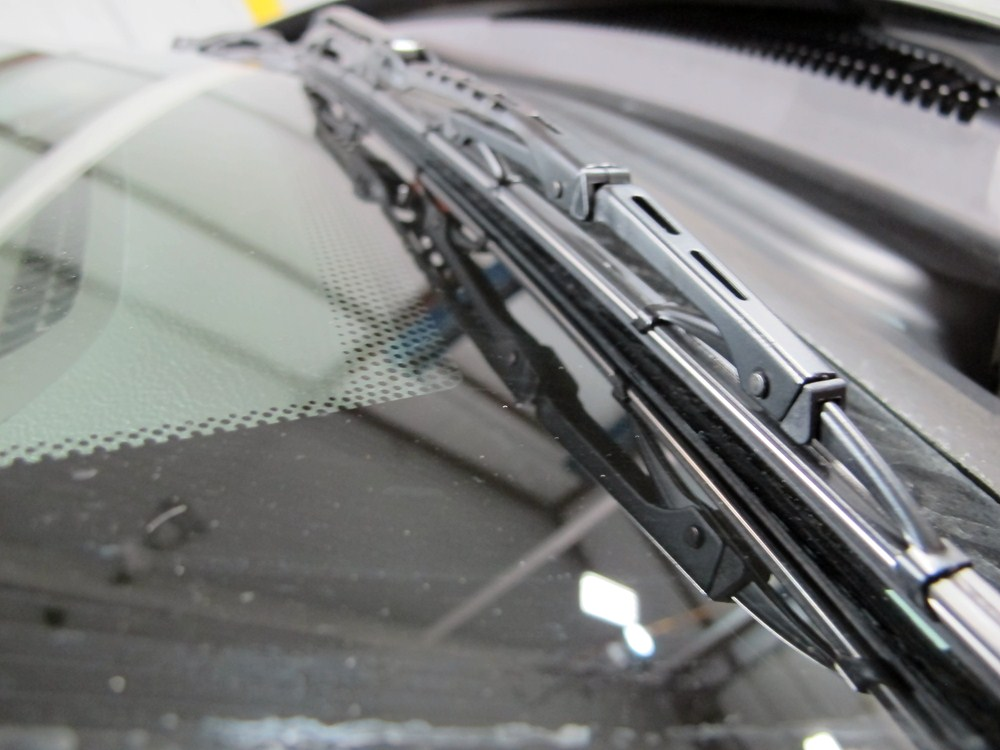 how to change wiper blades on 2012 jeep grand cherokee
