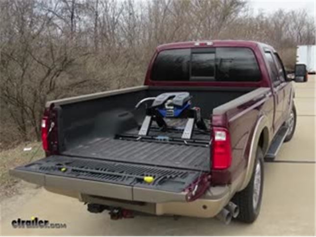 install reese titan fifth wheel 2012 ford f 250 and f 350 super duty rp30866_644 ford f 250 and f 350 super duty fifth wheel hitch etrailer com