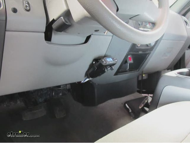 install tekonsha prodigy p3 brake controller 2005 ford f150 90195_644 brake controller installation on 2006 ford f150 etrailer com  at reclaimingppi.co