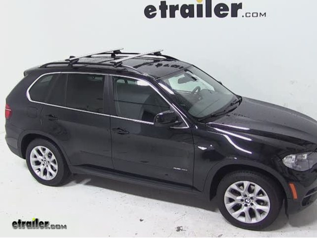 Great Thule AeroBlade Crossroad Roof Rack Installation   2013 BMW X5 Video |  Etrailer.com