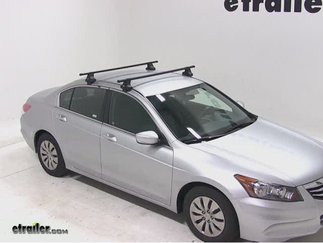 Thule Traverse Roof Rack Installation   2012 Honda Accord Video |  Etrailer.com