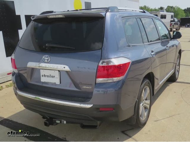 install trailer hitch 2011 toyota highlander 87452_644 trailer hitch installation 2011 toyota highlander hidden hitch  at aneh.co