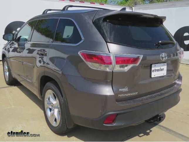 install trailer hitch 2015 toyota highlander c13200_644 how to tell if 2015 toyota highlander came with tow package for 2007 toyota highlander trailer wiring harness at panicattacktreatment.co