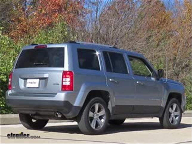 2015 jeep patriot curt trailer hitch receiver custom fit class ii 1 1 4. Black Bedroom Furniture Sets. Home Design Ideas