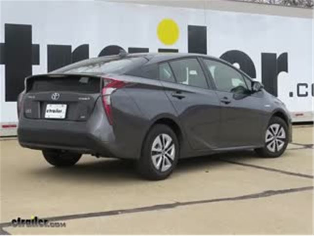 install trailer hitch 2017 toyota prius c11426_644 trailer hitch installation 2017 toyota prius curt video toyota prius trailer wiring harness at gsmx.co