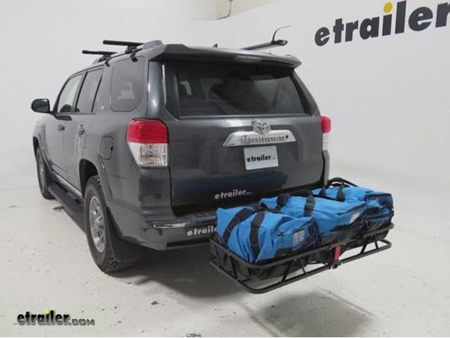 curt hitch cargo carrier review