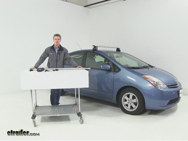 Prius Roof Rack >> Rhino Rack Roof Rack Review 2006 Toyota Prius Video Etrailer Com