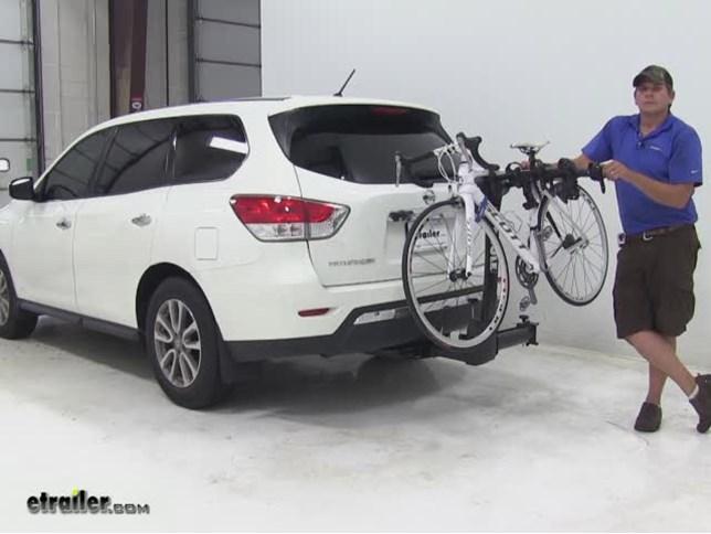 Thule Hitch Bike Racks Review   2014 Nissan Pathfinder Video | Etrailer.com