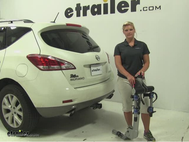 Thule Helium Aero Hitch Bike Racks Review   2011 Nissan Murano Video |  Etrailer.com