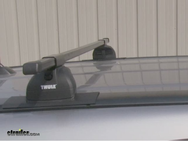 Thule Podium Roof Rack Installation   2007 Honda CR V Video | Etrailer.com