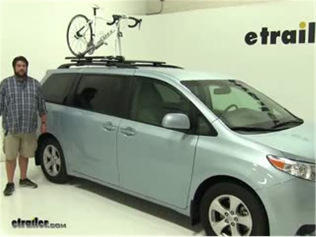 Today On Our 2017 Toyota Sienna We Re Going To Be Test Ing The Thule Circuit Xt Rooftop Bike Rack Part Number Th526xt