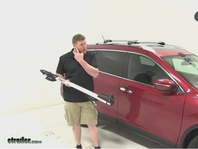 Thule Sprint Roof Bike Racks Review   2015 Nissan Rogue Video | Etrailer.com
