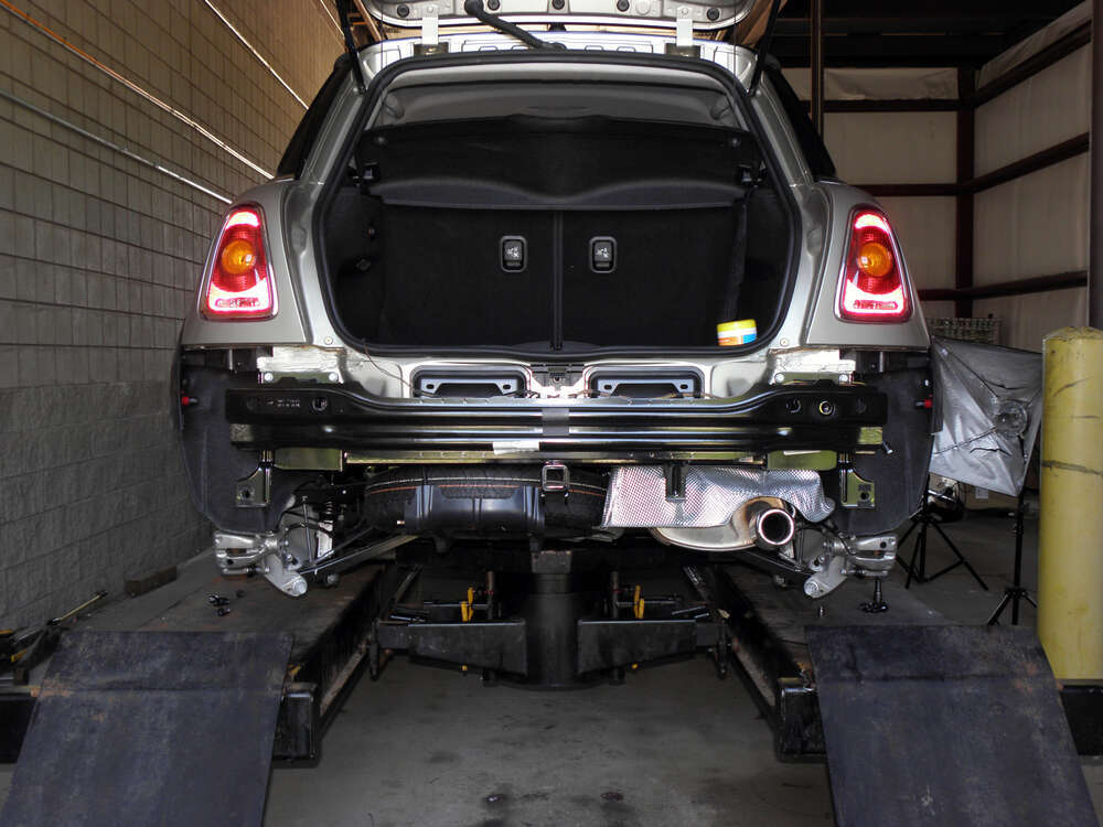 C11160 Concealed Cross Curt Trailer Hitch On 2010 Mini Cooper