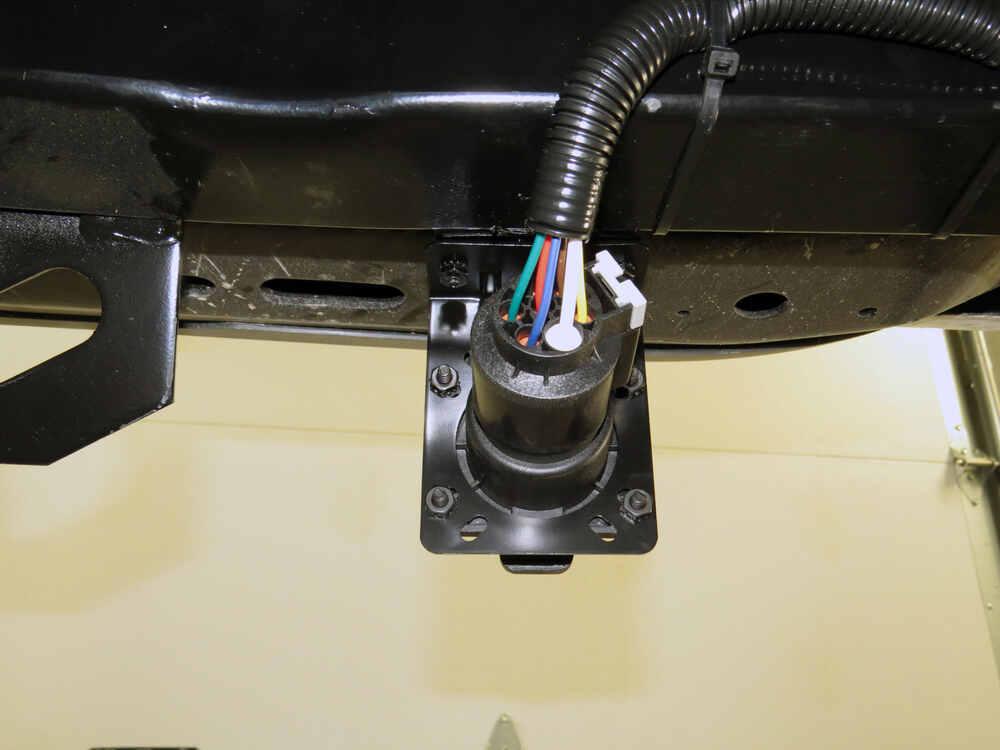 Install Trailer Wiring Harness Nissan Frontier : Nissan frontier custom fit vehicle wiring tekonsha