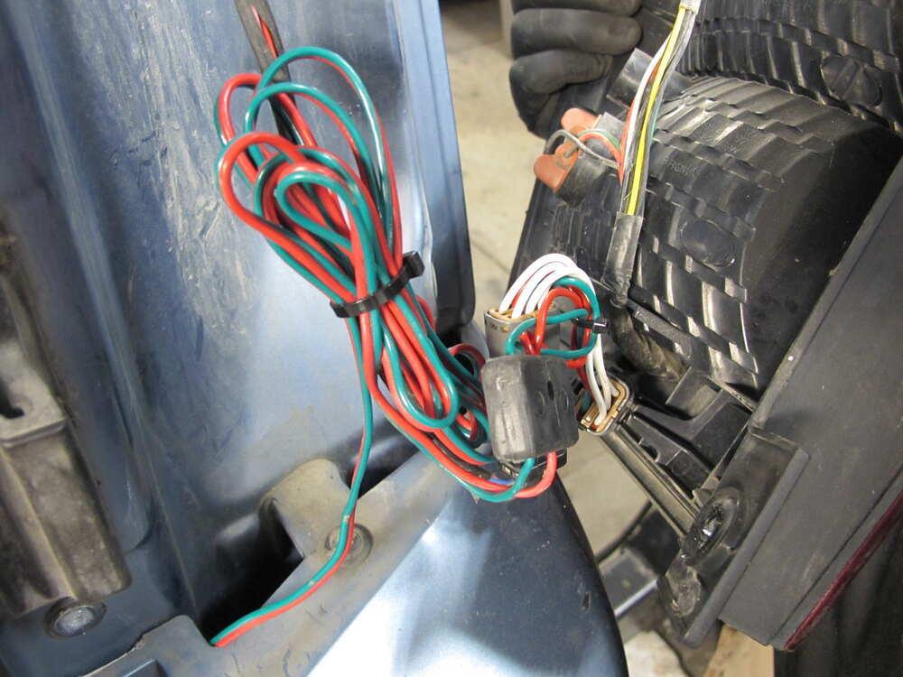 Kia Sedona Custom Fit Vehicle Wiring - Tekonsha on