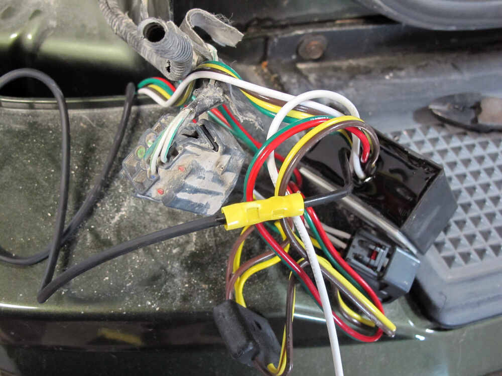 Trailer Wiring Harness For 2011 Jeep Liberty : Jeep liberty custom fit vehicle wiring tekonsha
