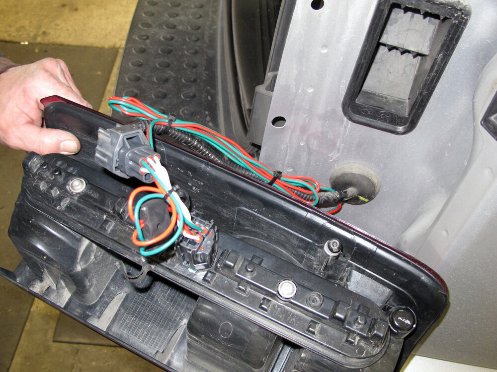 2007 dodge nitro t one vehicle wiring harness with 4 pole 2007 dodge nitro stereo wiring harness 2007 dodge nitro fuel pump wiring harness