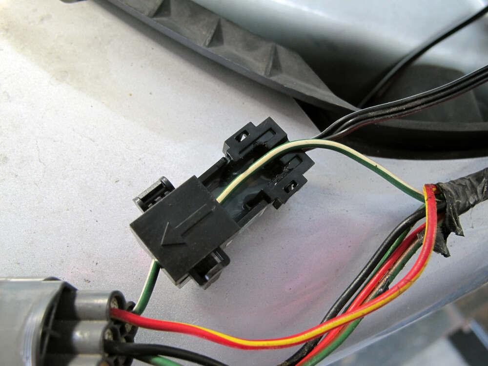 compare t one vehicle wiring vs zci circuit protected etrailer com rh etrailer com