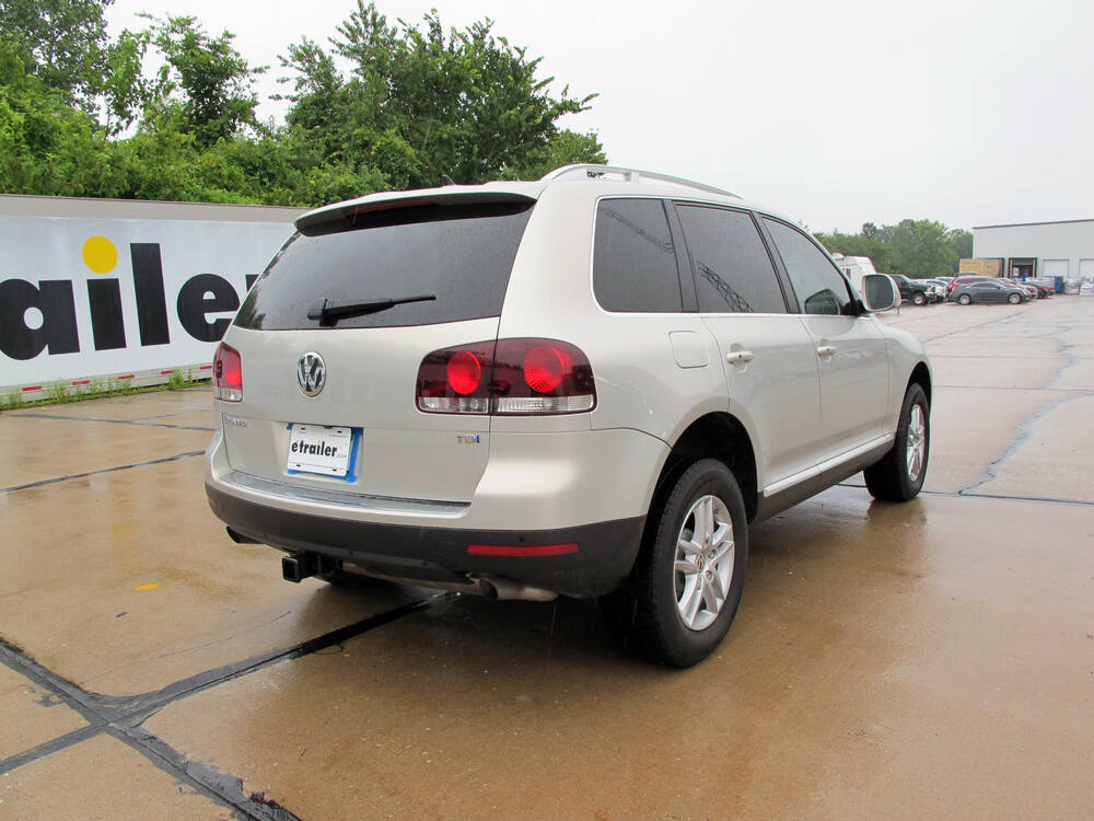 2006 porsche cayenne trailer hitch curt. Black Bedroom Furniture Sets. Home Design Ideas