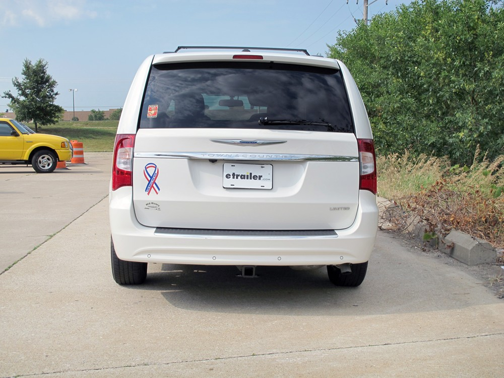 2011 chrysler town and country trailer hitch curt. Cars Review. Best American Auto & Cars Review