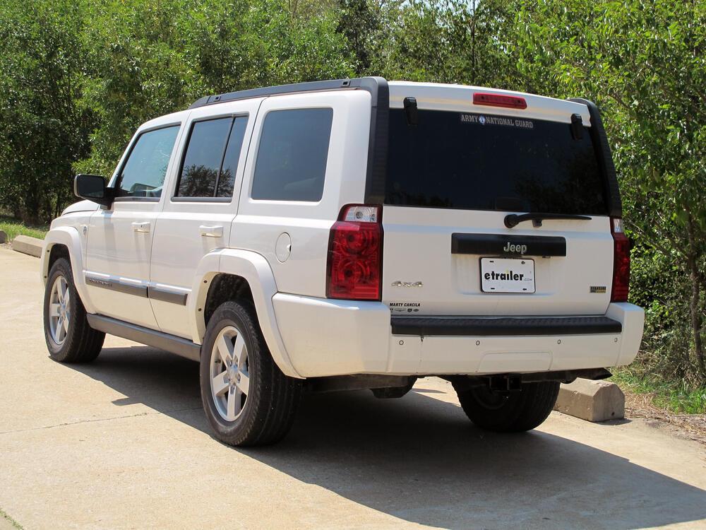 2010 jeep commander curt trailer hitch receiver custom fit class iii 2. Black Bedroom Furniture Sets. Home Design Ideas